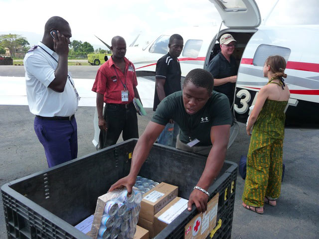 Piper Meridian delivering supplies in Jacmel, Haiti photo