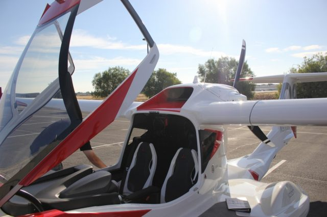 ICON A5 - starting preflight inspection
